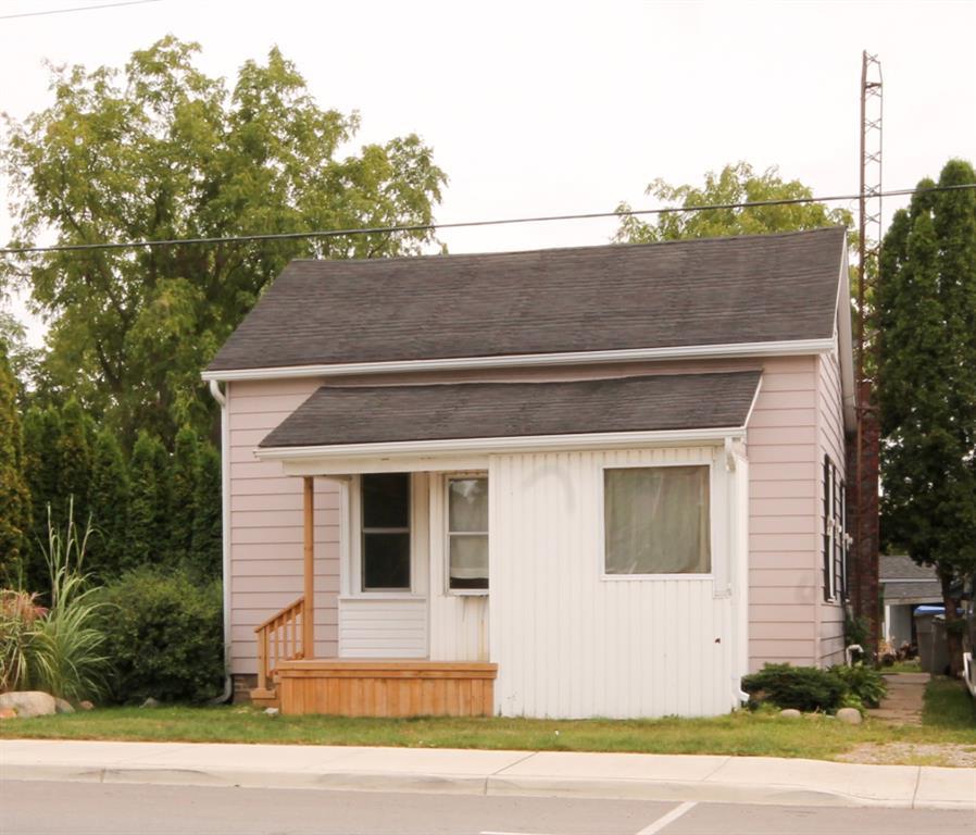 23 King Street East, Lambton Shores Ontario, Canada