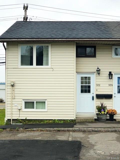 902 Highmeadow, Saint John New Brunswick, Canada