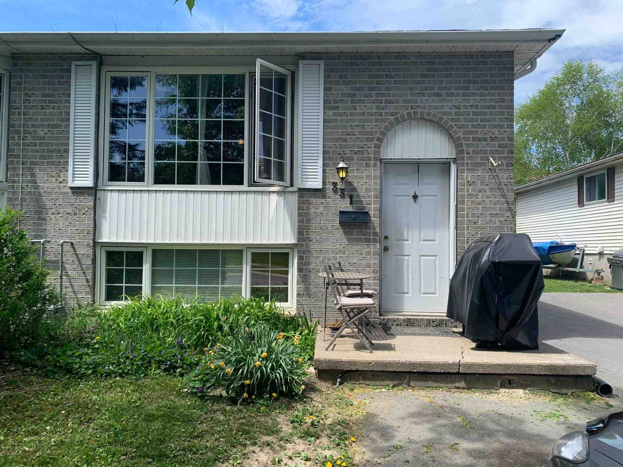 331 Kingsdale Avenue, Kingston, Ontario, Canada