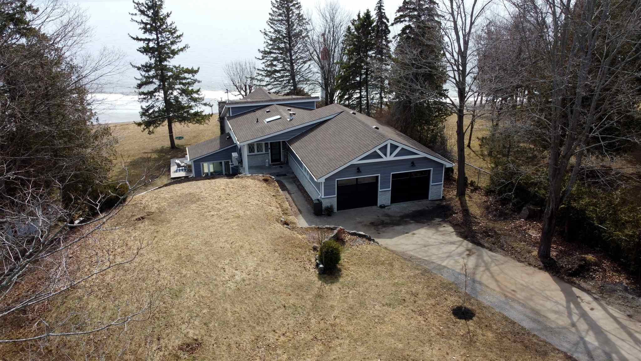 154 Nicholson Point Road, Loyalist Township Ontario, Canada