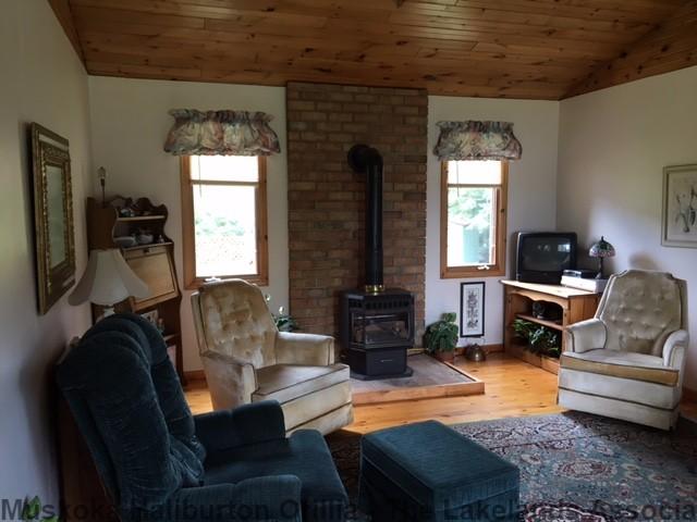 1615 LOOP RD, Wilberforce Ontario