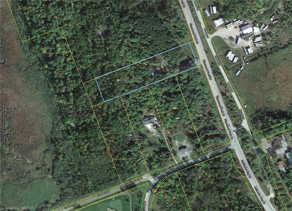 Pinewood Park Drive, North Bay Ontario, Canada