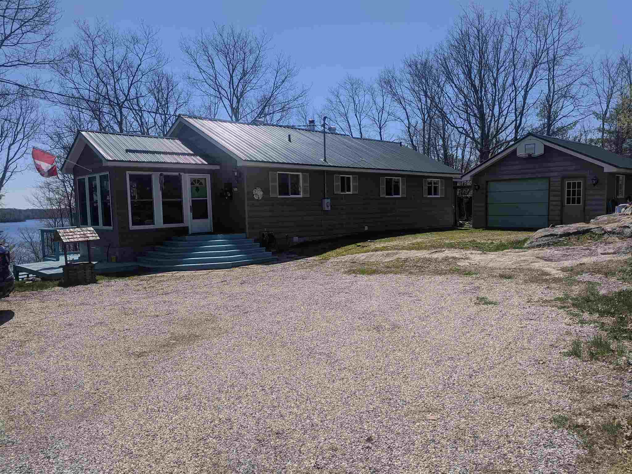 2089 Crow Lake Road, Central Frontenac Ontario, Canada